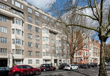 Apartment sold in Albion Gate view1