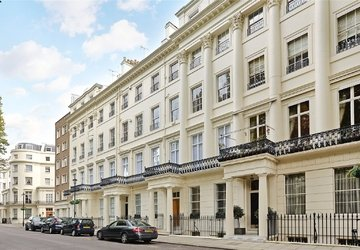 Duplex sold in Gloucester Square view1