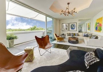 Penthouse for sale in Hyde Park Place view1