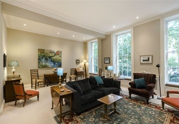 Duplex sold subject to contract in Montagu  Square view1