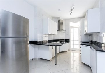Apartment to rent in Ashland Place view1