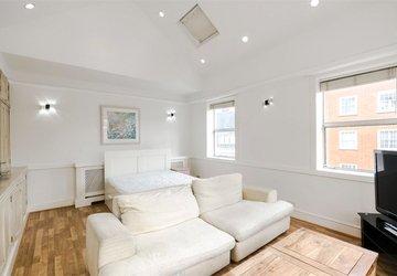 Studio Flat to rent in Devonshire Street view1