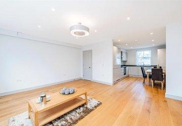 Duplex to rent in Marylebone High Street view1