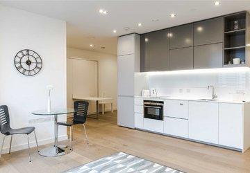 Studio Flat to rent in Plimsoll Building view1
