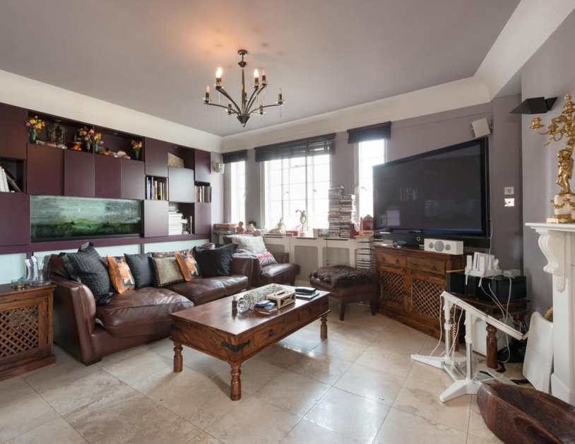 Apartment sold in Albion Gate view3