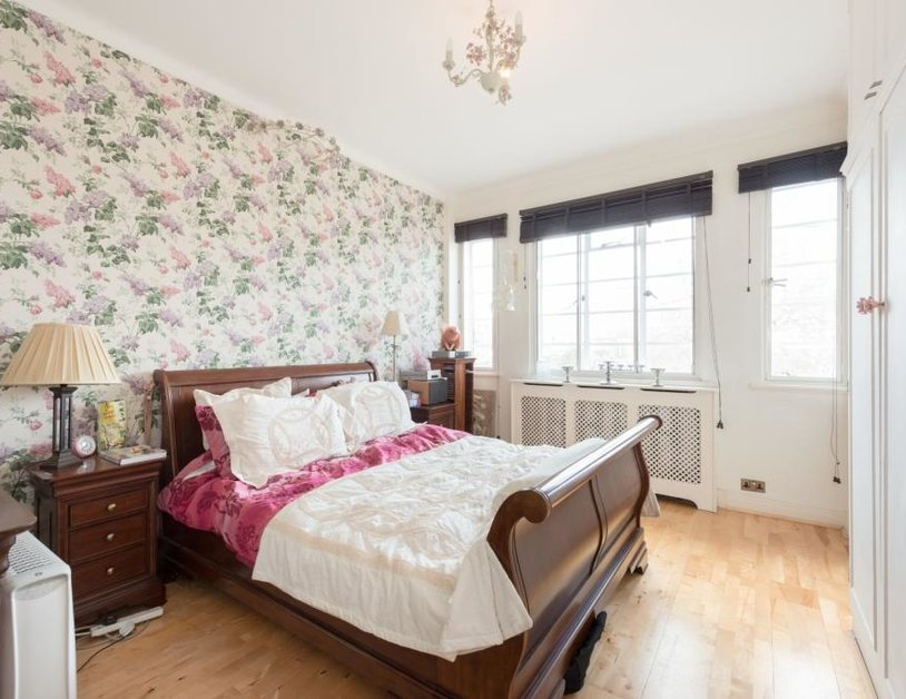 Apartment sold in Albion Gate view9