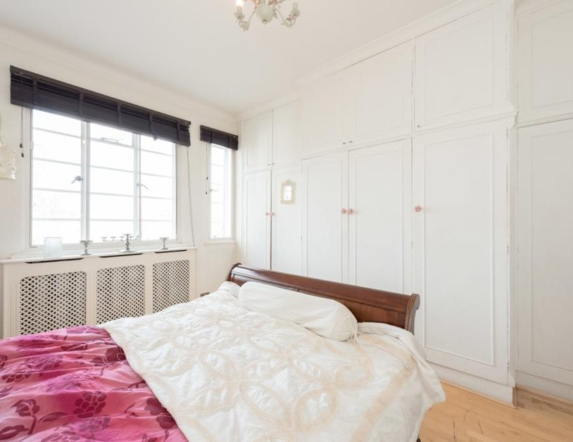 Apartment sold in Albion Gate view10