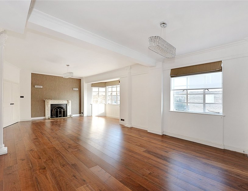 Apartment for sale in Albion Gate view1