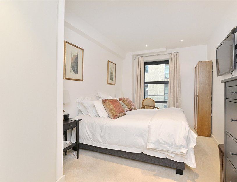 Apartment for sale in Blandford Street view4