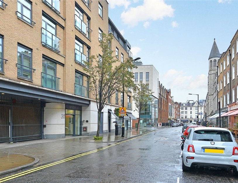 Apartment for sale in Blandford Street view11