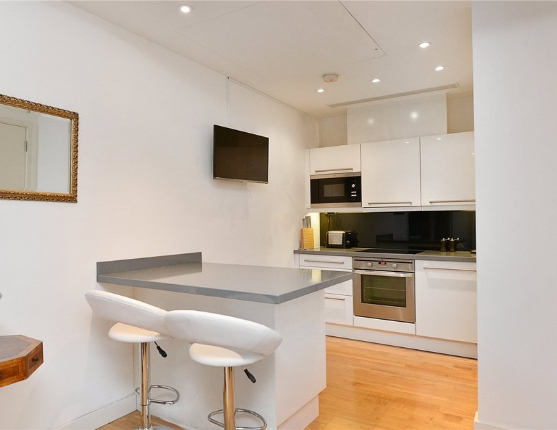 Apartment for sale in Blandford Street view3