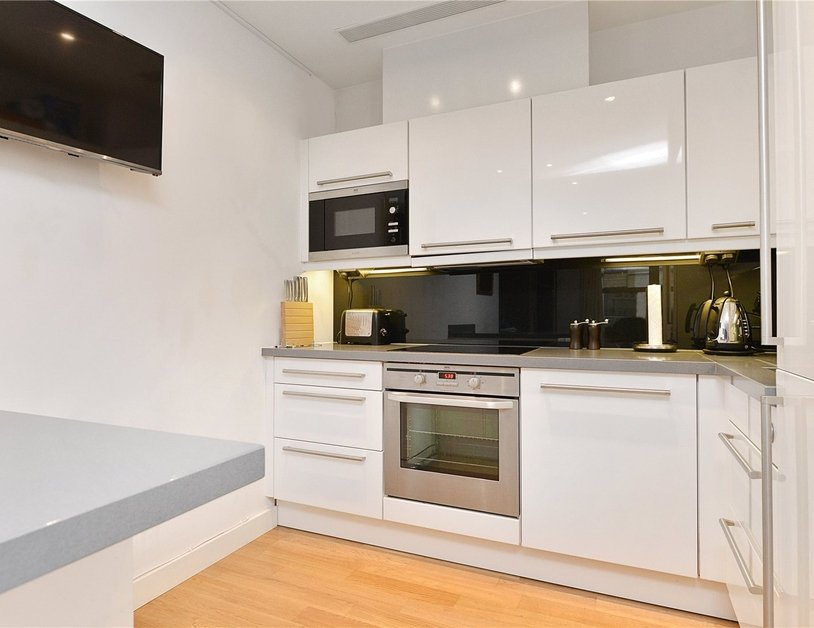 Apartment for sale in Blandford Street view10