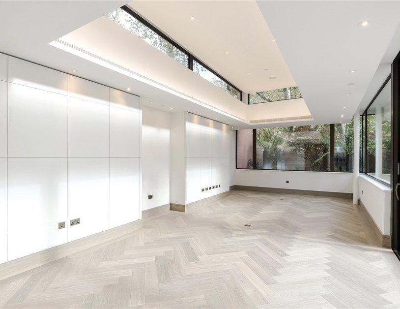 Duplex for sale in Chiltern Street view1