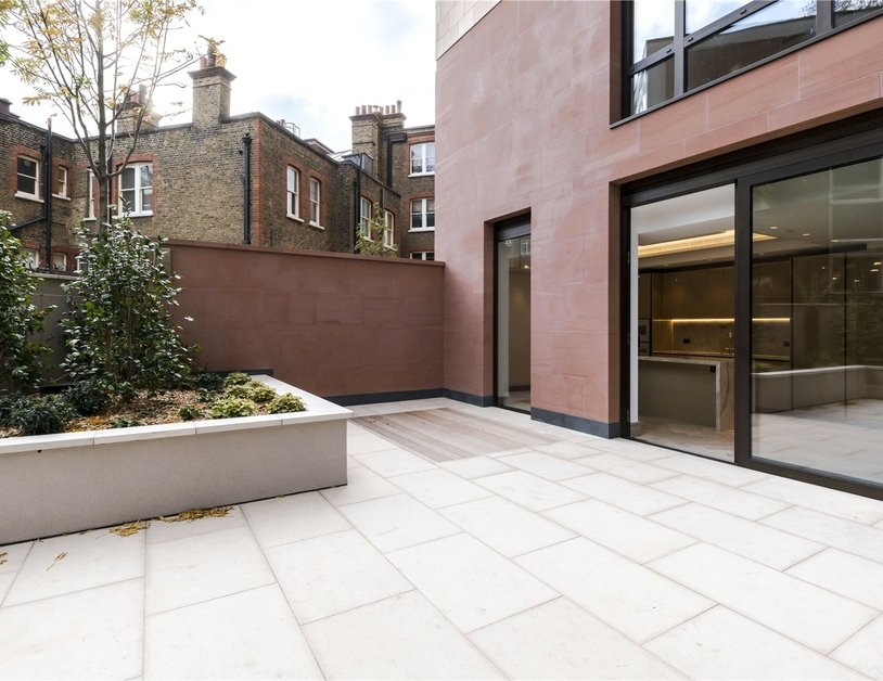 Duplex for sale in Chiltern Street view11