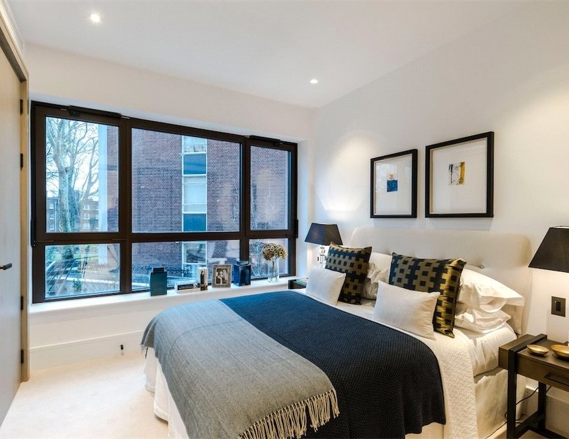 Duplex for sale in Chiltern Street view6-thumb