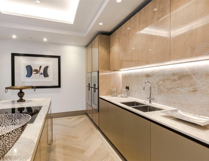 Duplex for sale in Chiltern Street view10-thumb