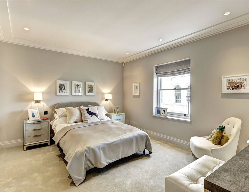 House for sale in Clarendon Place view13
