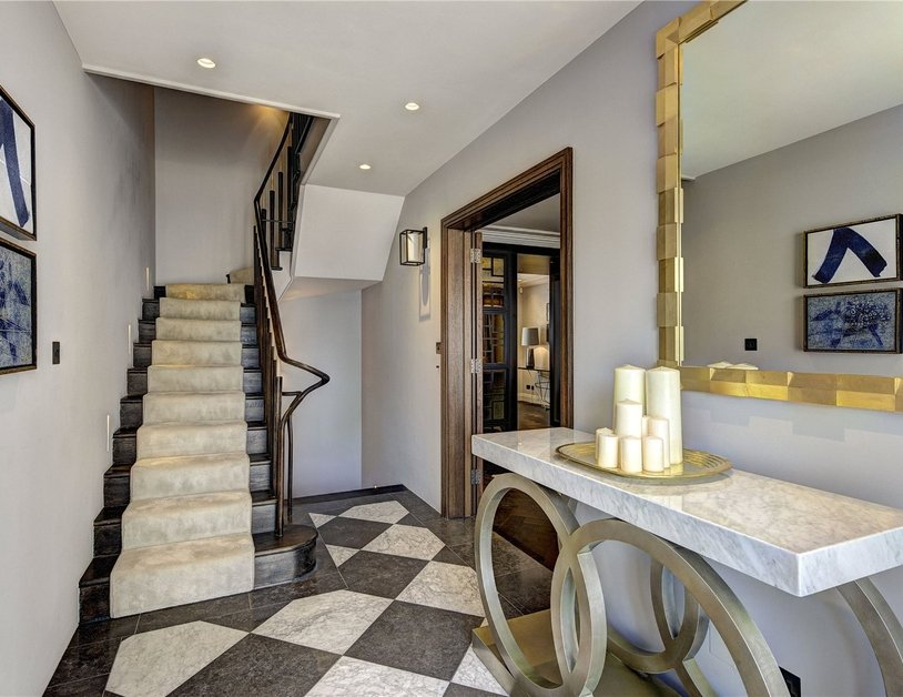 House for sale in Clarendon Place view14