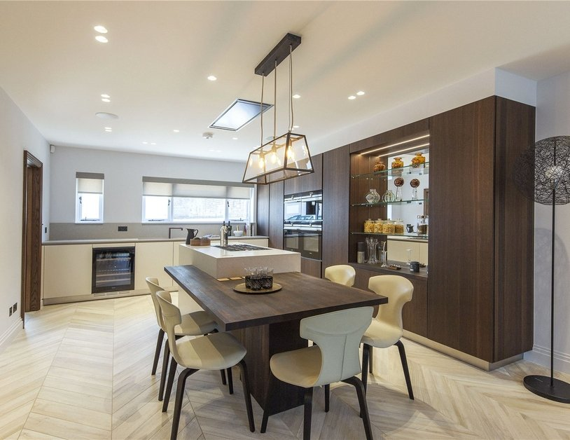 House for sale in Clarendon Place view6
