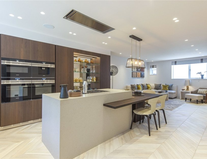 House for sale in Clarendon Place view3