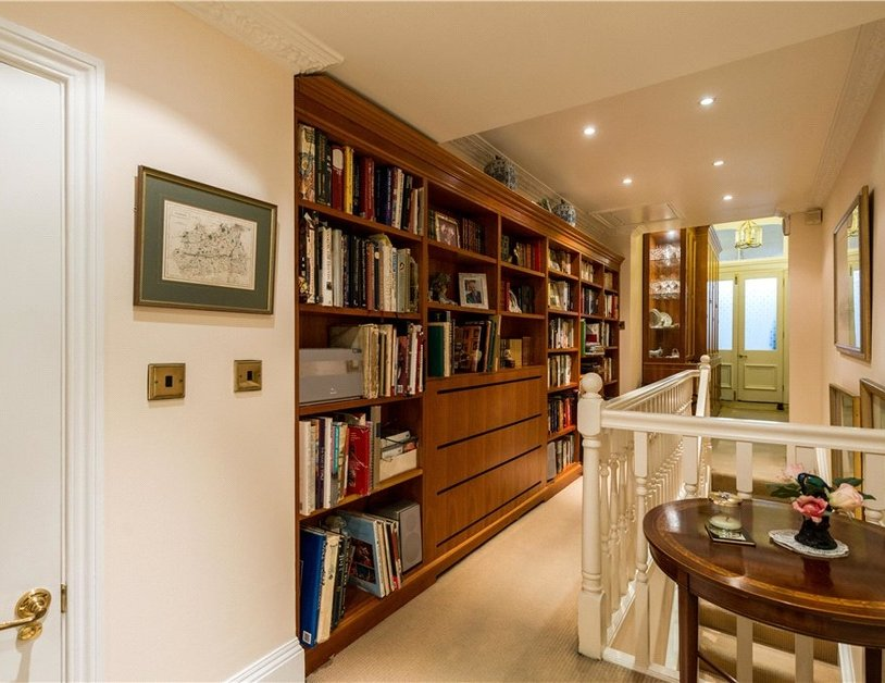 Maisonette sold in Cleveland Square view9