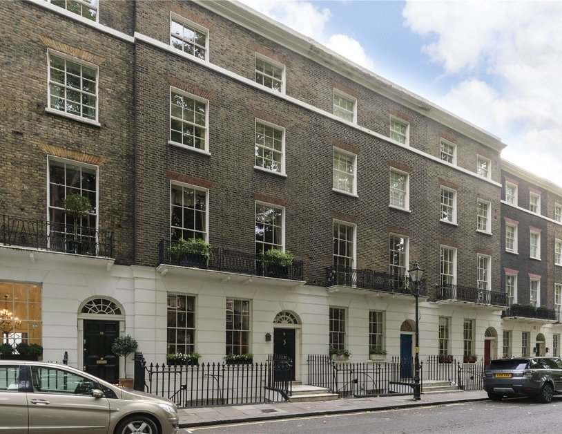 House for sale in Connaught Square view11