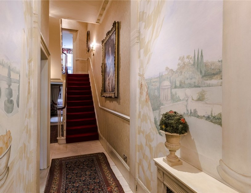 House for sale in Connaught Square view10
