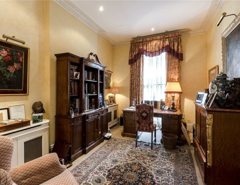 House for sale in Connaught Square view6