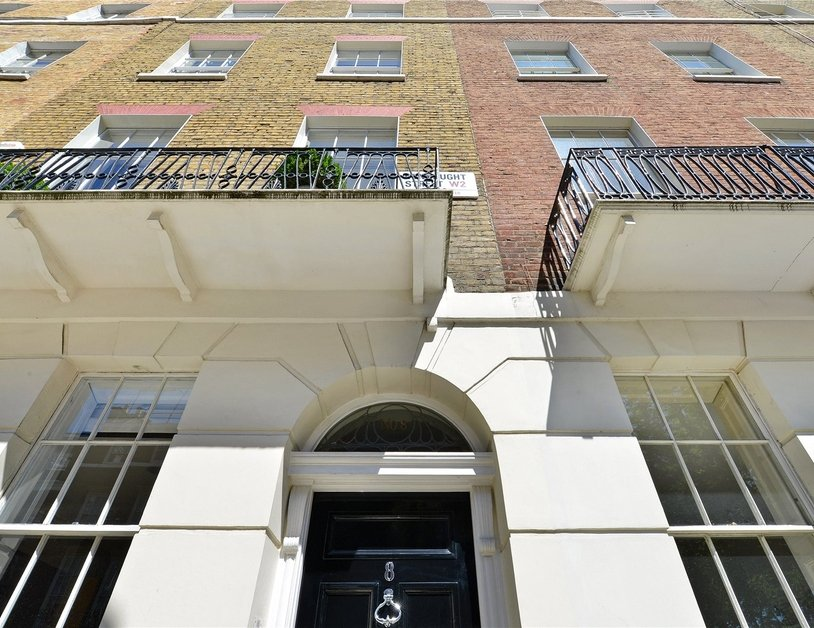 House for sale in Connaught Street view12