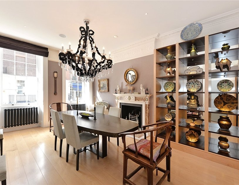 House for sale in Connaught Street view3