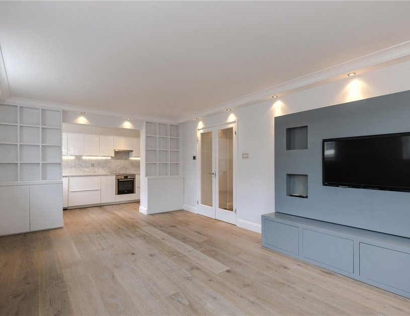 Apartment for sale in Connaught Street view1