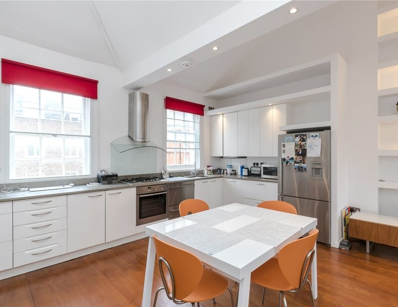 Duplex for sale in Crawford Street view3