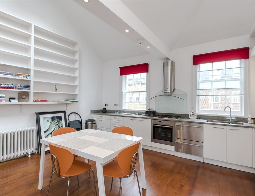 Duplex for sale in Crawford Street view9