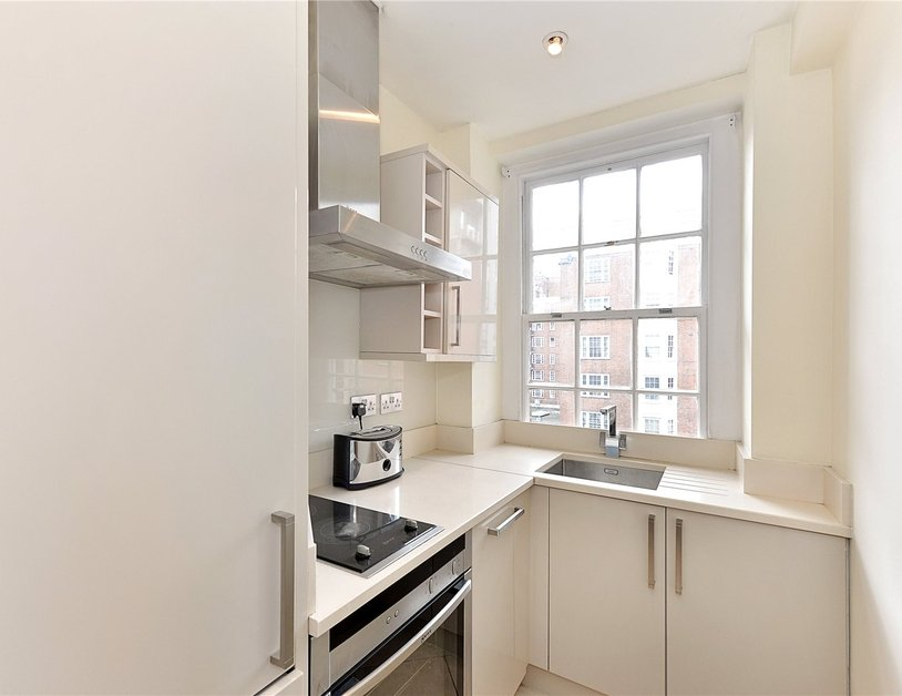 Apartment sold in Edgware Road view3