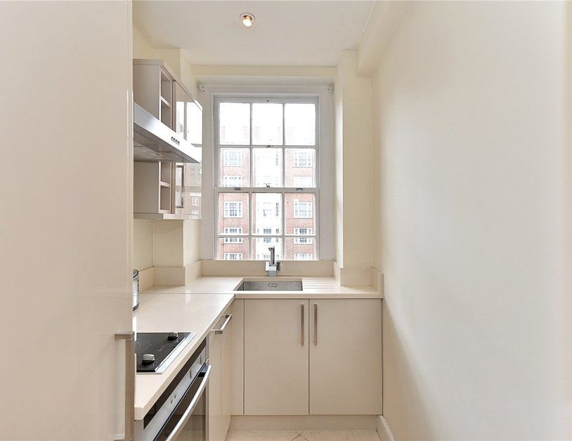Apartment sold in Edgware Road view9