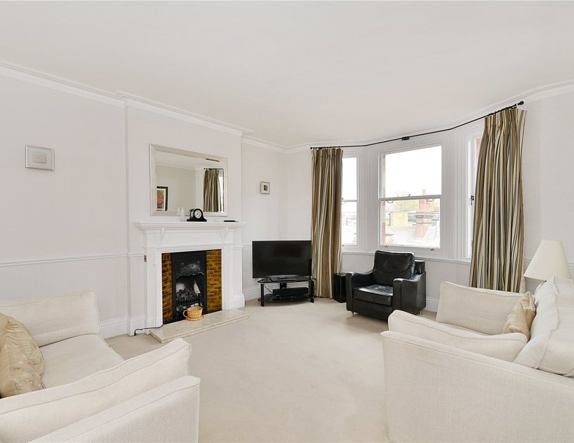 Apartment sold in Glentworth Street view1