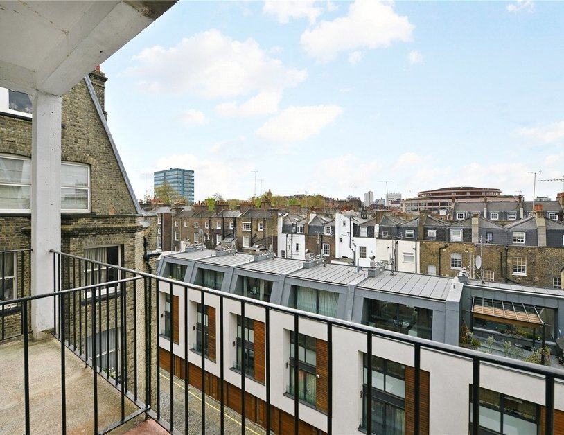 Apartment sold in Glentworth Street view4