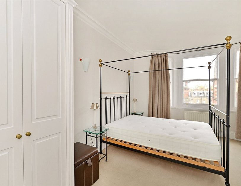 Apartment sold in Glentworth Street view13