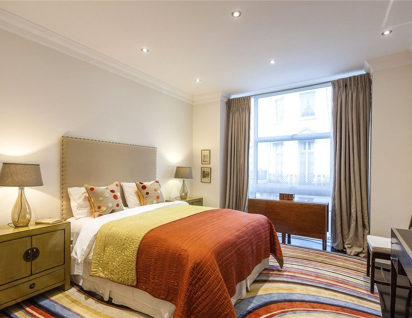 House for sale in Gloucester Square view6