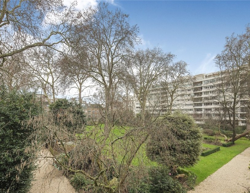 House for sale in Gloucester Square view15