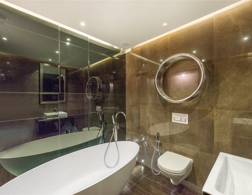 Apartment for sale in Gloucester Square view9