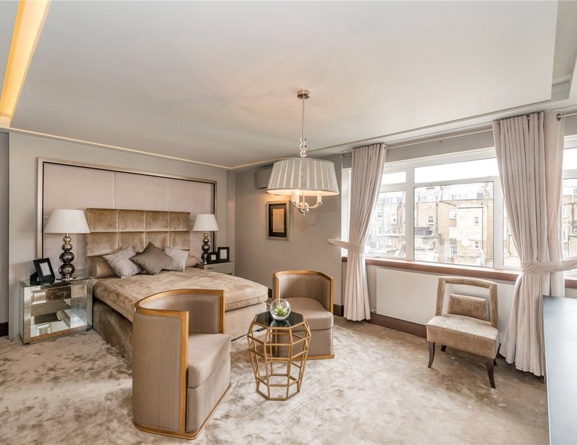 Apartment for sale in Gloucester Square view6
