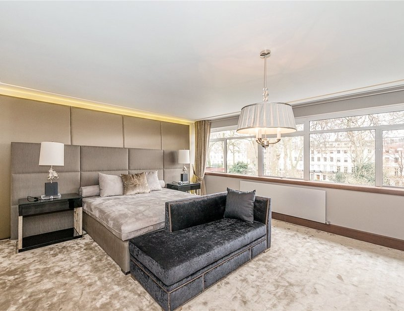 Apartment for sale in Gloucester Square view8