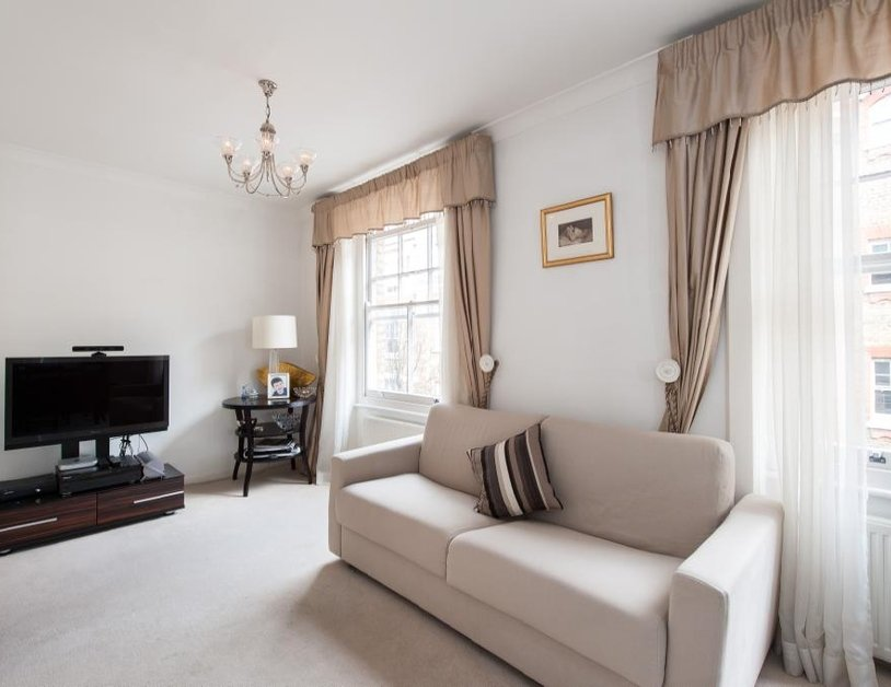 Apartment for sale in Gosfield Street view1