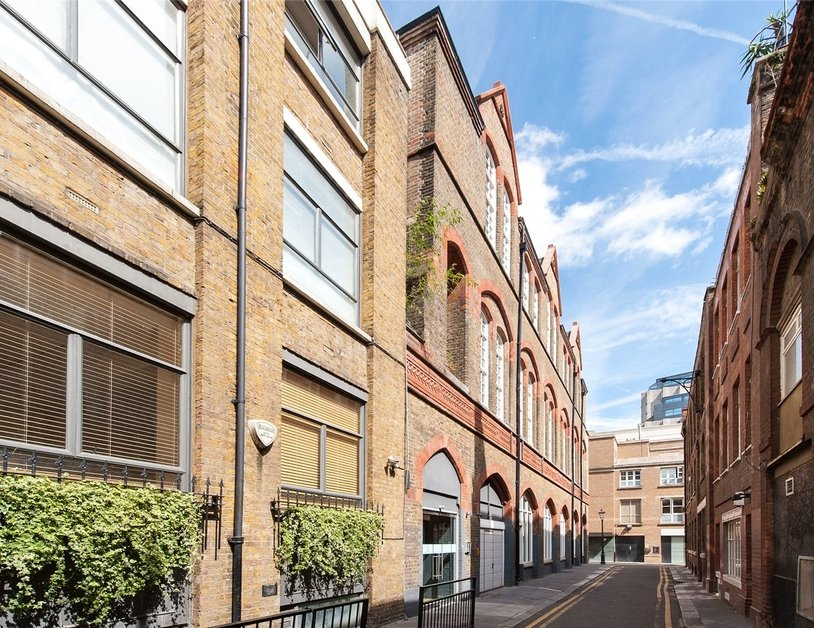 Duplex for sale in Hanway Place view8