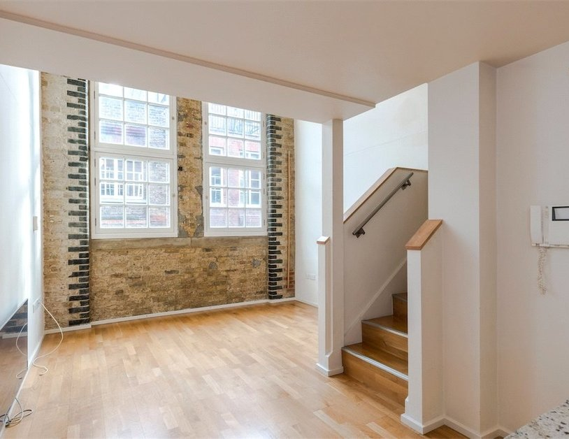 Duplex for sale in Hanway Place view14