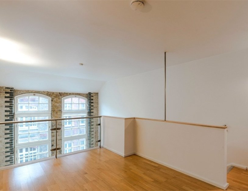 Duplex for sale in Hanway Place view19