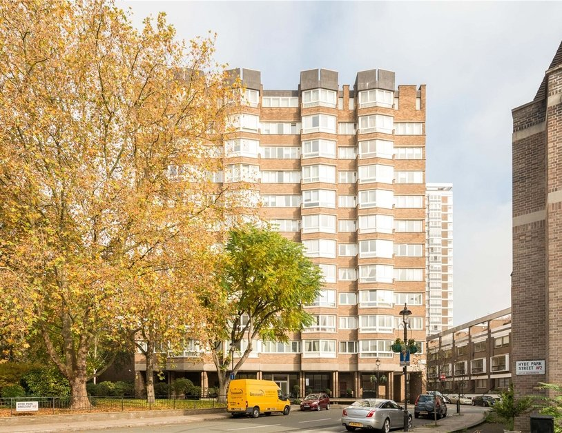 Apartment sold in Hyde Park Crescent view13