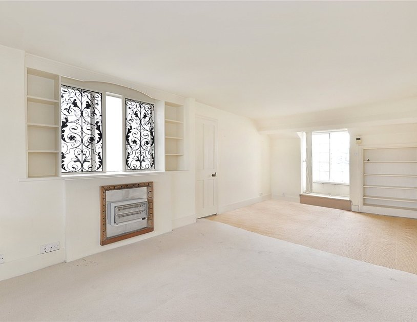 Apartment sold in Hyde Park Gardens view4