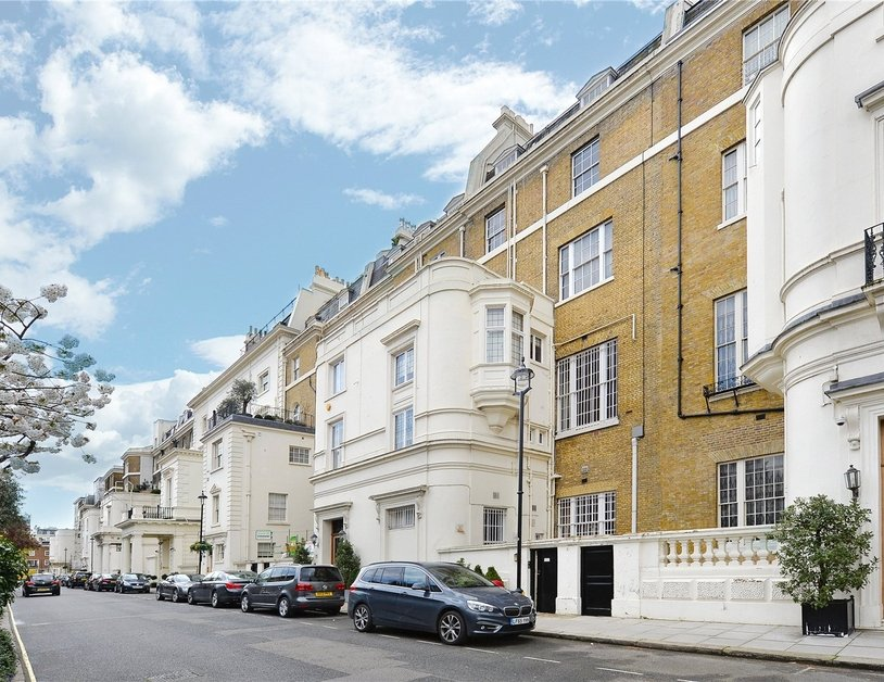 Apartment sold in Hyde Park Gardens view13